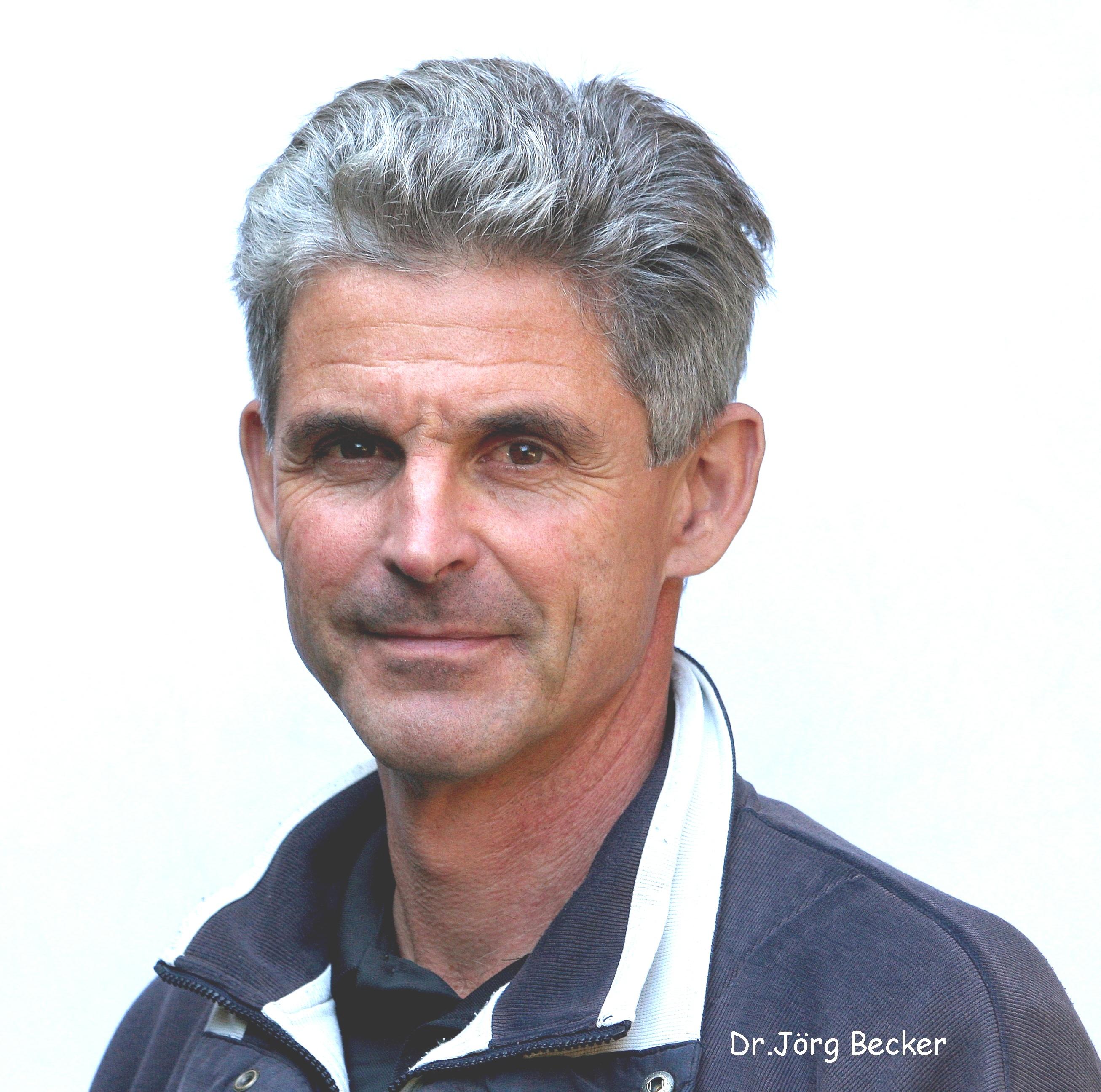 Dr. Jörg Becker